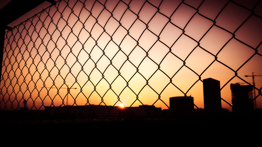The Sun goes down
